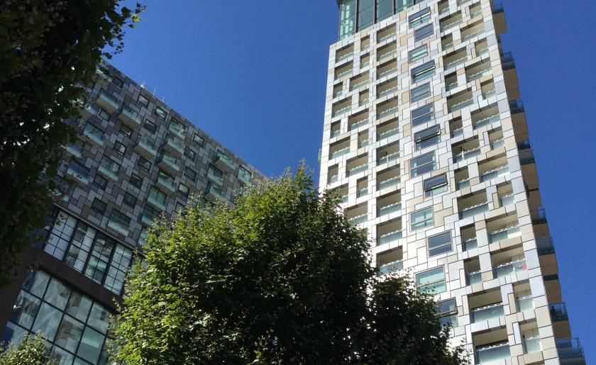 Serviced apartments Talisman tower London